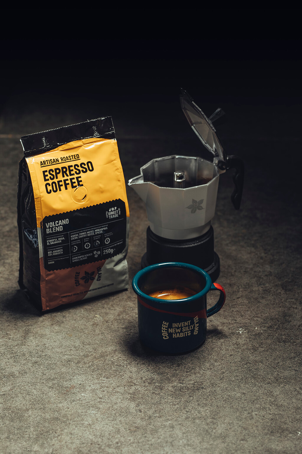 Coffee Island's espresso coffee package, espresso moka machine and mug